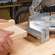 Low-Cost Miter Saw Supports | Woodsmith Tips