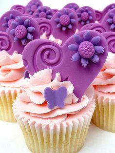 purple hearts cupcakes