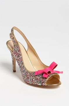 Glitter and bows: the perfect party pump.