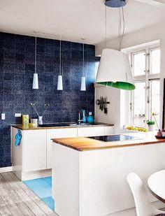A cool Copenhagen apartment in unexpected colours