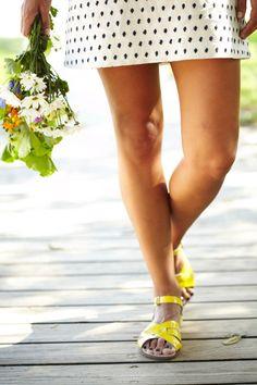 Lark / Yellow Salt Water Sandals