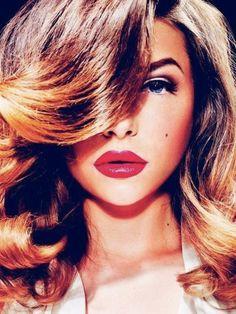 glamorous hair, glamorous lips.