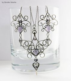 Isleen- wire wrapped pendant and earrings