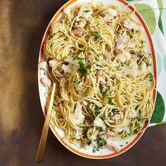 Spaghetti with Cauliflower and Tuna