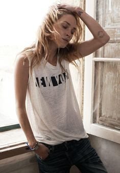 Linen NY Stencil Muscle Tee Madewell Spring 2014, Erin Wasson on location in Malta #denimmadewell