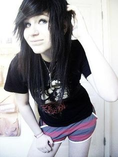 Google Image Result for http://media.onsugar.com/files/2011/01/04/1/1300/13003911/38/Beautiful_Long_Emo_Hairstyles_For_Emo_Teen_Girls_2010.jpg