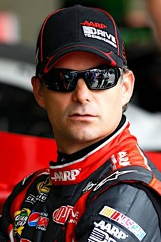 PHOTOS (Feb. 23, 2012): Practicing for the Daytona 500: Part three. More: www.hendrickmotor....