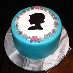 Silhouette Portrait cake, Maddiebird Bakery Chicago
