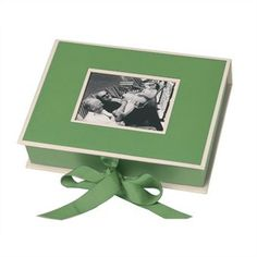 Green Photo Box.  A perfect place for all your summer photos.  #indigo #perfectsummer