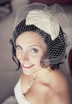 bird cage veil wedding hair