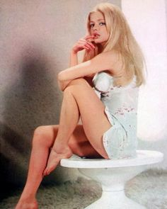 Ewa Aulin in Candy,