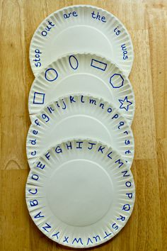 lots of great learning ideas... I LOVE this paper plate idea! Just cut and fold down the letters they know