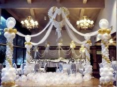 Party ideas and Balloon Decorations on Pinterest