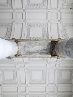 Ceiling & Column Detail