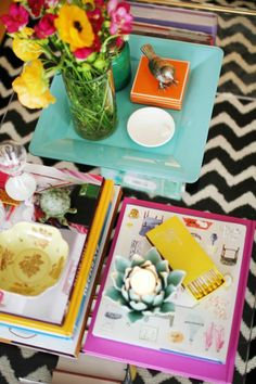 How to Style a Coffee Table #theeverygirl #lucite