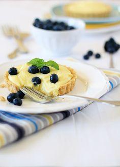 almond custard tarts
