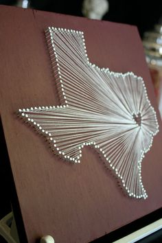 Want to do this and put in dorm room for college. Simple, just use nails and string!