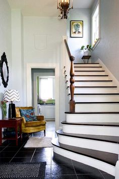 house tours, stairs, pineappl, stairway, chairs