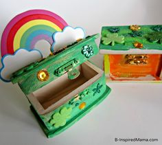 Are you ready for St. Patrick's day? Do you have your Leprechaun Trap made yet?  St. Patrick Craft Leprechaun Trap Open Box at B-InspiredMama.com