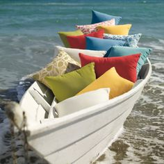 LOVE OF THE SEA: Loving Summer Coastal decor from Grandinroad...