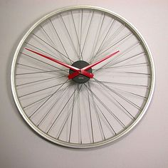 bicycles, bicycl wheel, wheels, craft idea, upcycl idea, upcycl bicycl, wheel clock, bike wheel, clocks