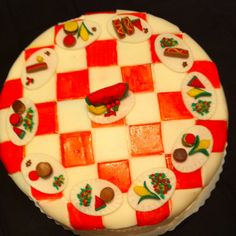 Picnic table cake
