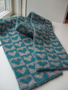 Knitting-double knitting on Pinterest Knit Scarves, Brioches and Knitting