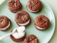 Cake-Mix Mint Chocolate Sandwich Cookies