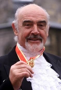 Sean Connery was knighted in July 2000 by the Queen at Holyrood House in Edinburgh. #ConneryDay