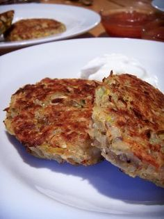 BAKED! Vegetable Latkes Recipe: If you want to use a little less oil in your Hanukkah celebrations, this is a great choice! | via @SparkPeople #food