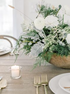 Holiday Home Tour: Laine & Layne | lark & linen