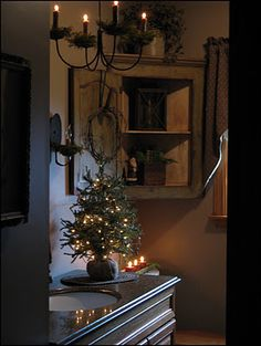 christmas bathroom decor, season bathroom, corner cabinet, country bathrooms, primitive bathroom decorating, corner primitive, christmas trees, primitive decorating bathroom, colonial primitive decorating
