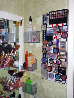 Someone swiped my idea and I see it popping up all over pintrest LOL My magnetic makeup board metal signs, round magnet