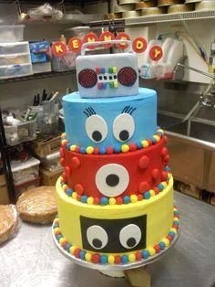Cake Decorating: Yo Gabba Gabba Birthday Cake.