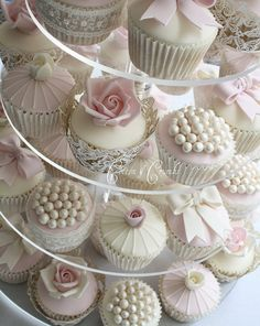 Tower of vintage-style cupcakes.