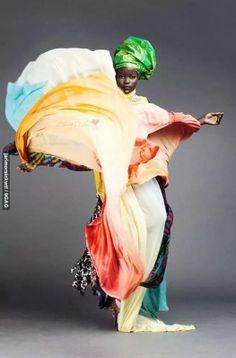 Absolutely #Fabulous, Mother #Africa is timeless: past, present, Modern - eternal! #africandress