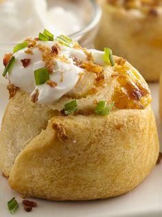 Here's the 2013 MILLION DOLLAR PILLSBURY BAKE-OFF WINNING RECIPE: Loaded Potato Pinwheels #appetizer
