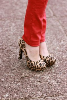 red pants and leopard pumps <3