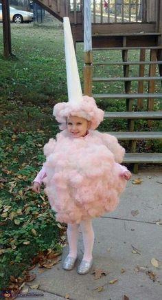 Un disfraz muy dulce, de algodón dulce! / A sweet cotton candy costume!