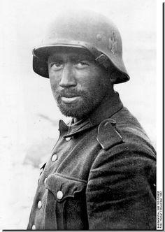 German Soldier. Stalingrad. November 1942.
