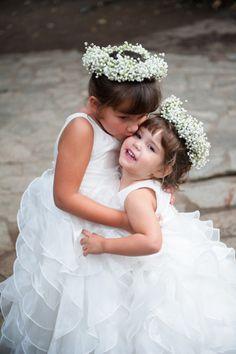 The cutest flower girls: http://www.stylemepretty.com/california-weddings/malibu/2014/04/01/malibu-wedding-with-romantic-purple-details/ | Photography: Sun & Sparrow - http://sunandsparrow.com/