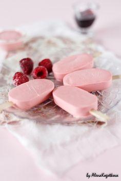 raspberry cream pops