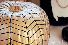 Sharon McCormick of Sharon McCormick Design refreshes your idea of traditional autumn decor.  Classic and classy, no-carve pumpkin decorations are eye-catching! http://sharonsstyleportfolio.com/2013/10/decorating-with-pumpkins/ #SharonMcCormickLLC #SeasonalDecor #Seasonal #Autumn #Decor #AutumnDecor #Fall #FallDecor #DIY #Craft #AutumnCrafts #FallCrafts #Pumpkins #Pumpkin #InteriorDesign #Design