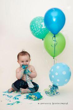 Cake Smash, First Birthday, Baby Boy, Birthday Party, Birthday Cake, Boy Pictures, Photography.