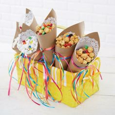 paper cone treat containers - love the doillies inside