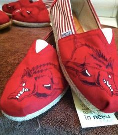razorback painted toms, razorbacks, hog tom, pig sooie, razorback stuff
