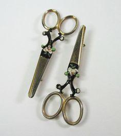 Pair of Vintage Scissor Pins Enameled Floral by WickedDarling.