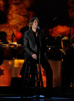"""Keith Urban performs """"The Christmas Song"""" during 2011 """"CMA Country Christmas"""" on ABC 12/1/11."""