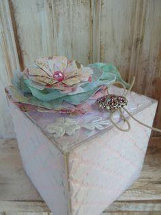Crafting ideas from Sizzix UK: ScoreBoards Gift Box