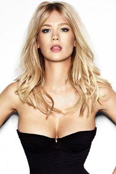 January Jones #beautiful #blonde